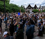 Community Creating Unity PDX brings march to Lake Oswego