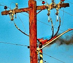 Duke Street utility pole fire blacks out neighbors