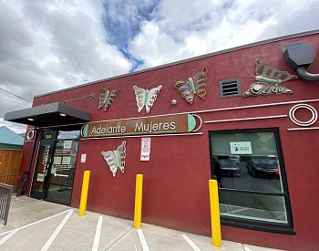 Adelante Mujeres to hold virtual grand opening