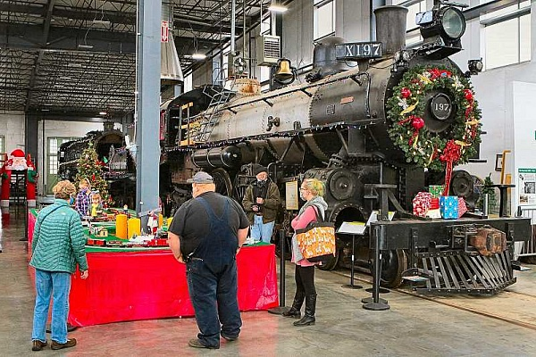 'Santa's Enginehouse' blocked as a stand-in for 'Holiday Express'