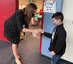 Beaverton lower elementary students head back to classroom