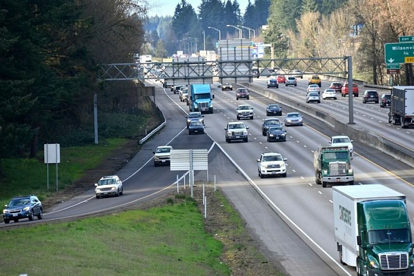 I-5 pavement project may lead to traffic slowdowns this year