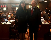 PAMPLIN MEDIA GROUP: PARIS ACHEN - State Sens. Kathleen Taylor, D-Portland, and Tim Knopp, R-Bend, worked together to craft a bill providing equal pay remedies for some workers. The bill passed the Senate unanimously Wednesday, May 17.