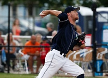 TRIBUNE PHOTO: JONATHAN HOUSE - Matt Hardy pitches the win for the Portland Pickles on Thursday, as they shell the Sacramento Stealth 19-0 at Walker Stadium.