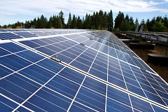 PAMPLIN MEDIA GROUP FILE PHOTO - An array of solar panels installed on Sexton Mountain in Beaverton will power pumps for drinking water in the city.