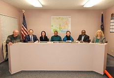 BARBARA SHERMAN - Meet the new King City City Council: From left are Council President Bob Olmstead, Councilors John Boylston and Chi Nguyen-Ventura, Mayor Ken Gibson and Councilors Billie Reynolds, Smart Ocholi and Gretchen Buehner.