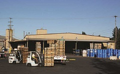 INDEPENDENT FILE PHOTO - Tree Top, Inc. announced last year that in early 2017 it would close its Woodburn plant, pictured above in September 2016. Just last week, Tree Top announced it would not be closing its Woodburn location after all, keeping on 45 employees.