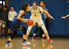 REVIEW/NEWS PHOTO: JIM BESEDA - La Salle Prep's Aleha Goodman (1) anchored a defense that held Hillsboro to two first-half points in Friday's 48-21 Northwest Oregon Conference girls' basketball game at La Salle Prep.