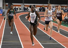 COURTESY: PORTLAND STATE UINVERSITY - Genna Settle of Portland State is out front in an indoor race. Now she'll turn her sights to the outdoor season.